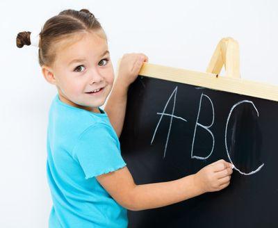 Как помочь ребенку выучить английский язык?
