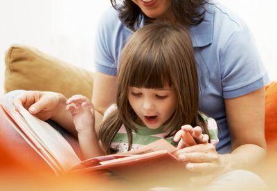 Как и когда учить ребенка читать?