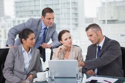 Руководитель, управленец, топ-менеджер: сходства и отличия