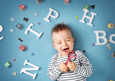 Как научить ребенка говорить до 3 лет?